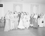 Spanish War Veterans Reunion, Orkney Springs Hotel; group of finely dressed women by William Garber